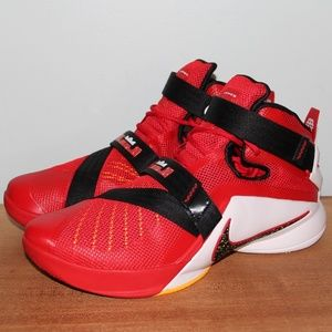 NEW Nike Lebron Soldier 9 IX Basketball Shoes 10.5